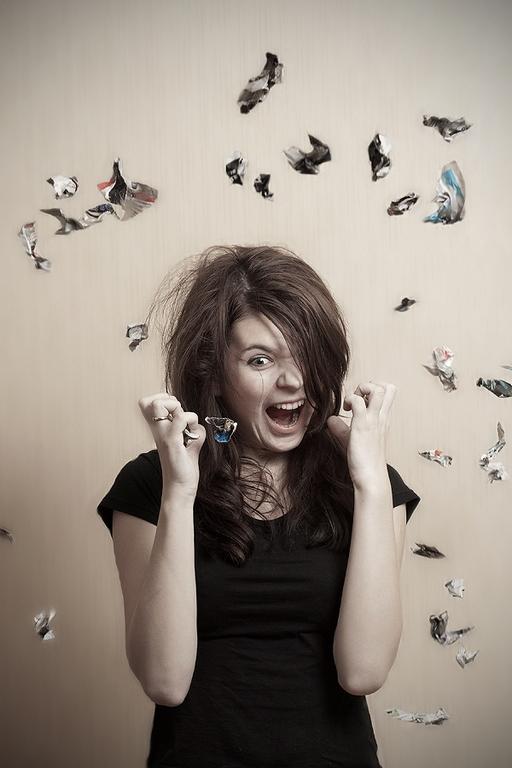 Предменструальной напряженности синдром